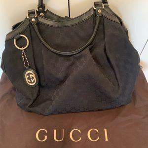 Gucci Authentic Large Women's Shoulder Bag